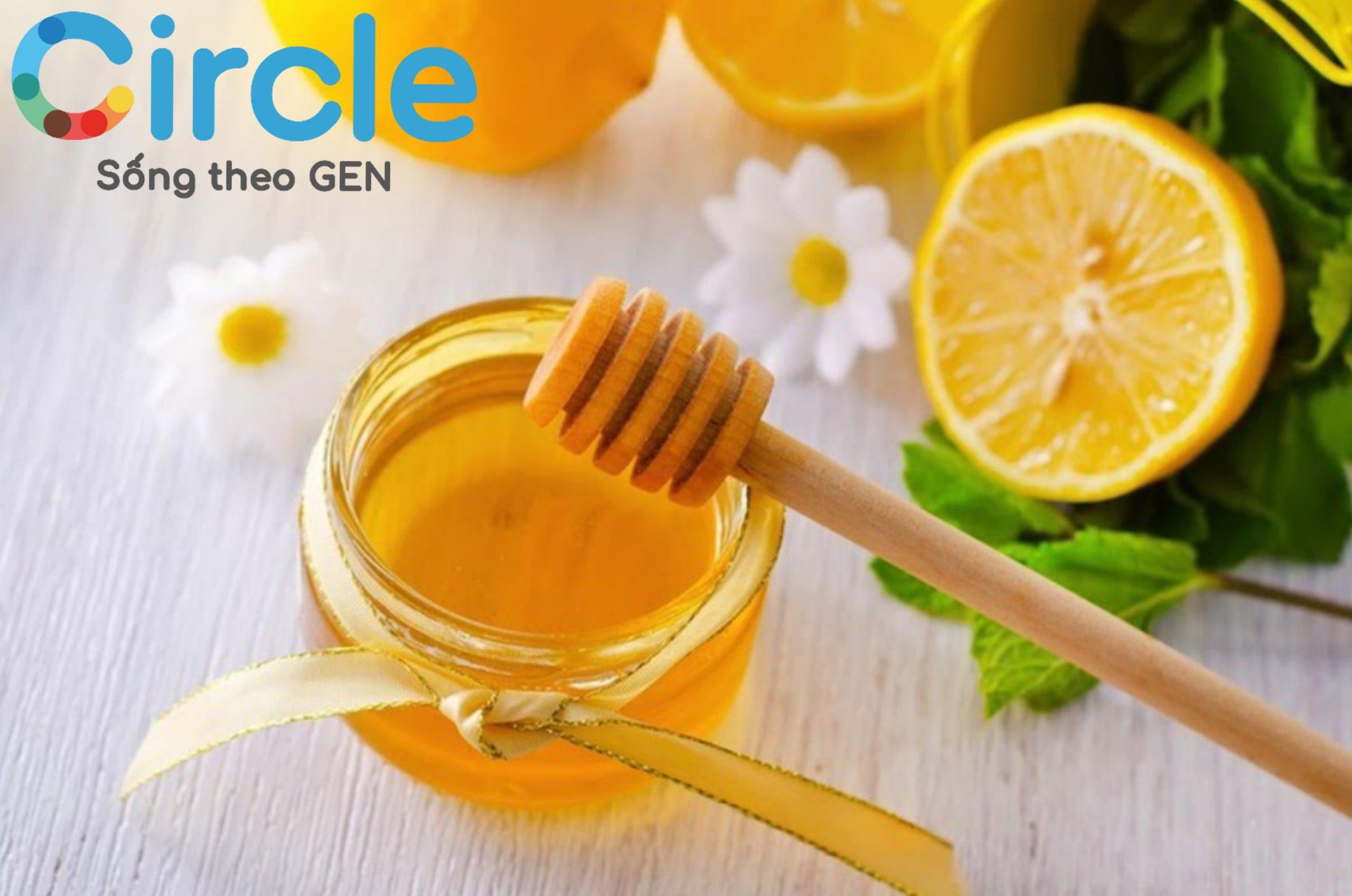 Mật ong là thực phẩm tuyệt vời với nhiều công dụng khác nhau. Tuy nhiên, mật ong lại được khuyến cáo không dành cho trẻ nhỏ (dưới 1 tuổi).