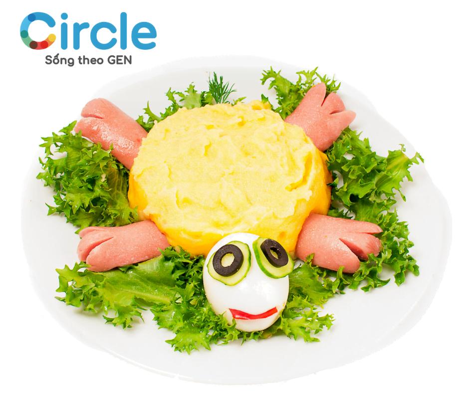 Món ăn được trang trí đẹp mắt sẽ giúp kích thích bé thèm ăn và ăn ngon miệng hơn.